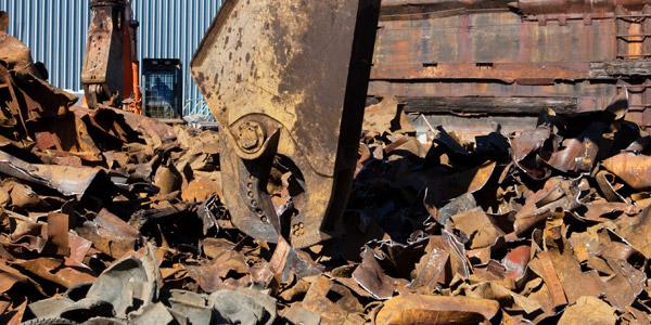 KATZ Metals machine cutting up recycled metal in La Crosse, Wisconsin